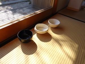 茶碗「山めぐり―兎・狐・熊」本田健×本田恵美(陶芸)2012年